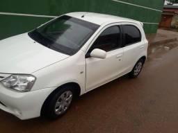 Vendo ágio de Toyota Etios 1.3 XS 2013 2013 leia o anúncio