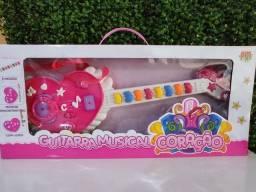 Guitarra infantil musical menina
