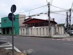 Título do anúncio: Casa para fim residencial ou comercial, esquina com Rua Júlio Siqueira.