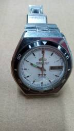 Relógio Orient Cristal Automatic usado.