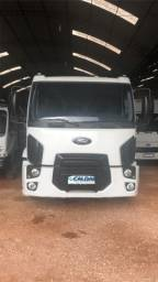 Ford cargo 1319 2013!