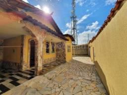 Título do anúncio: Casa à venda, 3 quartos, 2 suítes, 3 vagas, João Pinheiro - Belo Horizonte/MG