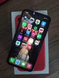 IPhone 11 vermelho 64g