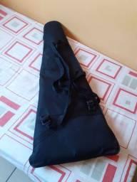 Vendo capa para guitarra na cidade de São Gonçalo do Rio abaixo MG .