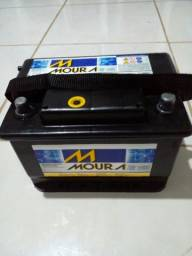 Vendo Bateria Moura 60AH semi nova.