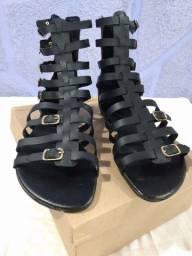 Vendo Sandália Gladiadora<br><br>
