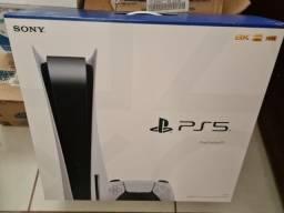 PS5 Novo lacrado versão com disco. nota fiscal 1 ano de garantia