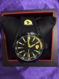 Vende-se Relógio Scuderia Ferrari Esporte
