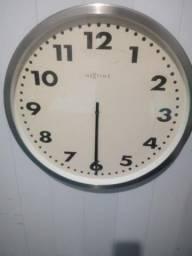 Antigo Relógio