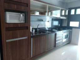 Aluga apartamento alto padrão com 2 dormitórios em Balneário Camboriú