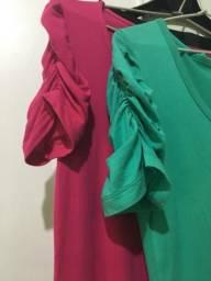 PROMOÇÃO-2 blusas malha/elastano p preço de meia ! pouco uso-verde e outra pink