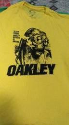 camisa oakley medusa comprar usado  Limeira