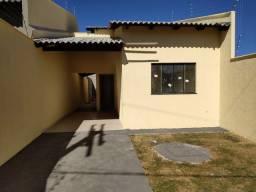 CASA DE  2/4 SENDO UM SUITE 76 m² de casa no Solar Garden apenas 155 mil.