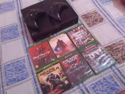 Xbox one com 2 controles