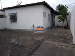 Lidera Imob - Casa Solta Comercial, 3 Quartos, Suíte, Quintal Amplo, na Santa Mônica, em F