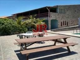 Casa independente de 5 quartos, 1 suíte, piscina e churrasqueira. Peró - Cabo Frio/RJ