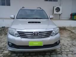 Toyota hilux sw4 srv/4x4 - 2014