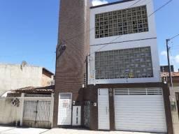 CÓD. 1184 - Alugue Flat no Conjunto Orlando Dantas