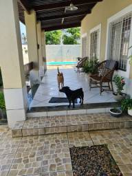 Casa com piscina em afogados com 4 quartos, 2 suítes