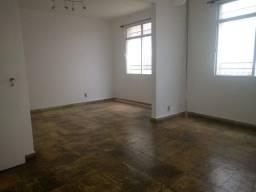 Título do anúncio: Apartamento à venda, 3 quartos, 1 suíte, 1 vaga, Coração Eucarístico - Belo Horizonte/MG