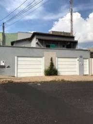 Título do anúncio: Casa para Venda em Uberlândia, Osvaldo Rezende, 3 dormitórios, 3 suítes, 4 banheiros, 4 va