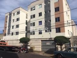 Título do anúncio: Apartamento para alugar com 3 dormitórios em Cazeca, Uberlandia cod:863668