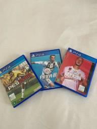 Vendo três jogos de PS4