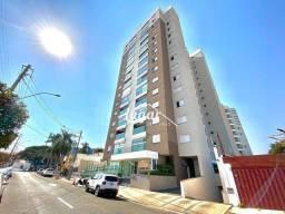 Apartamento com 2 dormitórios para alugar, 68 m² por R$ 2.200,00/mês - Marília - Marília/S
