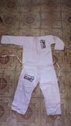 Kimono Infantil Rosa. TAM. M1