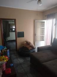 Casa a venda com 2 quartos em Ramos - RJ