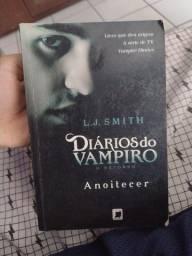 Título do anúncio: Livro the vampire diaries