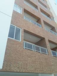 Apartamento no Bairro dos Estados, de 2 quartos.