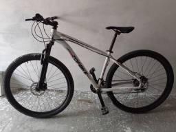 Mountain bike top branca