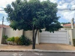 Título do anúncio: Casa com 3 dormitórios s/ 1 Suíte, Com Piscina Aquecida - à venda, 220 m² por R$ 0 - Parqu