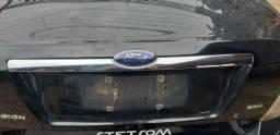 Título do anúncio: Friso da tampa traseira ford fusion 2008