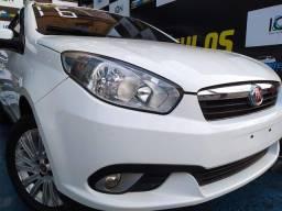 Fiat Grand Siena 2016 Flex 1.6 c/GNV