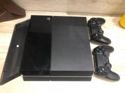 Playstation 4 (2 Tb) + 2 controles