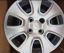 Título do anúncio: Jogo de roda original na caixa do Ford Ka