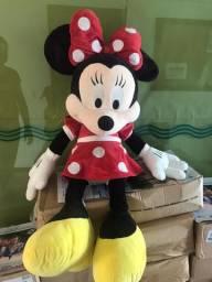 Minnie Gigante e travesseiro da Bella