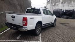Título do anúncio: S10 Branca Cabine Dupla CNPJ ou Produtor Rural - Motor 2.8L Diesel 4X4