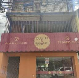 Título do anúncio: Vendo Triplex na Avenida Mozart Lucena