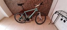 Bike alumínio com suspensão
