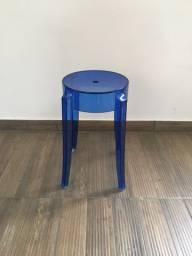 Banqueta Baixa Ghost Azul Nova
