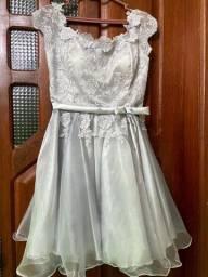 Vendo ou alugo vestido