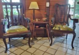 Par de Cadeiras de Cabeceiras Clássicas