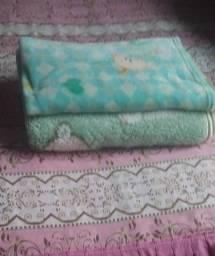 Vendo duas cobertas de bebê 40 reais as duas