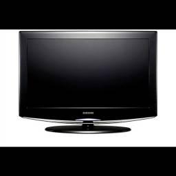 "TV SAMSUNG 32"" Modelo LN32R81B"