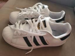Tênis Adidas superstar.original