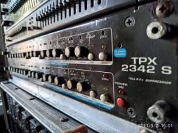 Crossover, equalizador, amplificador