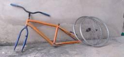 Quadro de bicicleta de aro 24